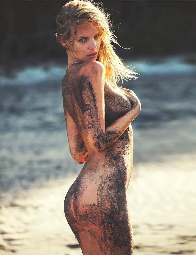 Des photos de Marloes Horst nue et seins nus