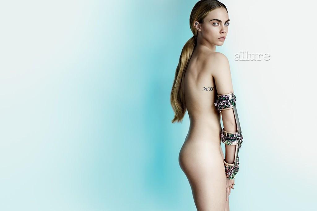 De nouvelles photos de Cara Delevingne nue et seins nus