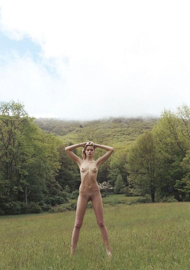 abbey-lee-kershaw-nue-seins-sexy-8