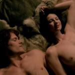 Toutes les actrices de la série Outlander nue et seins nus