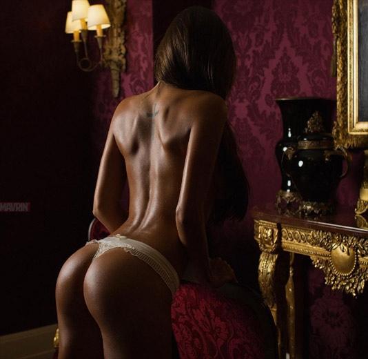 model-viki-odintcova-nue-seins-sexy-23