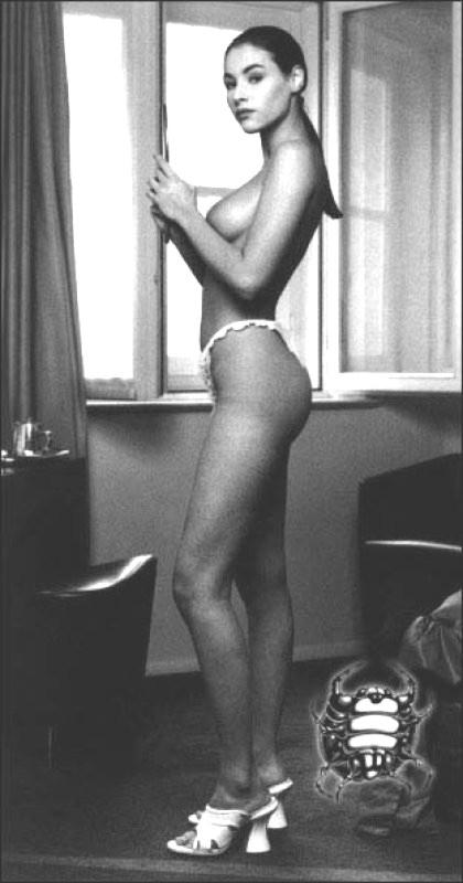 PHOTO Vanessa Paradis nue pour Chanel - Voici