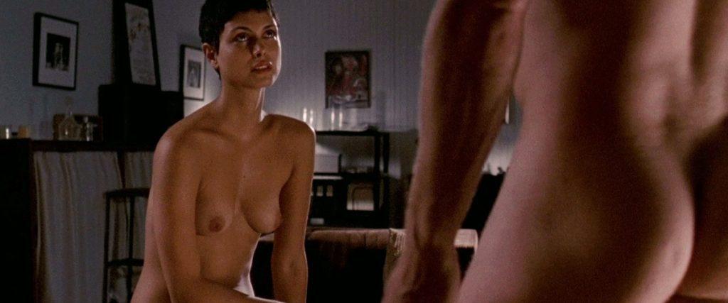 Toutes les photos de Morena Baccarin nue et seins nus