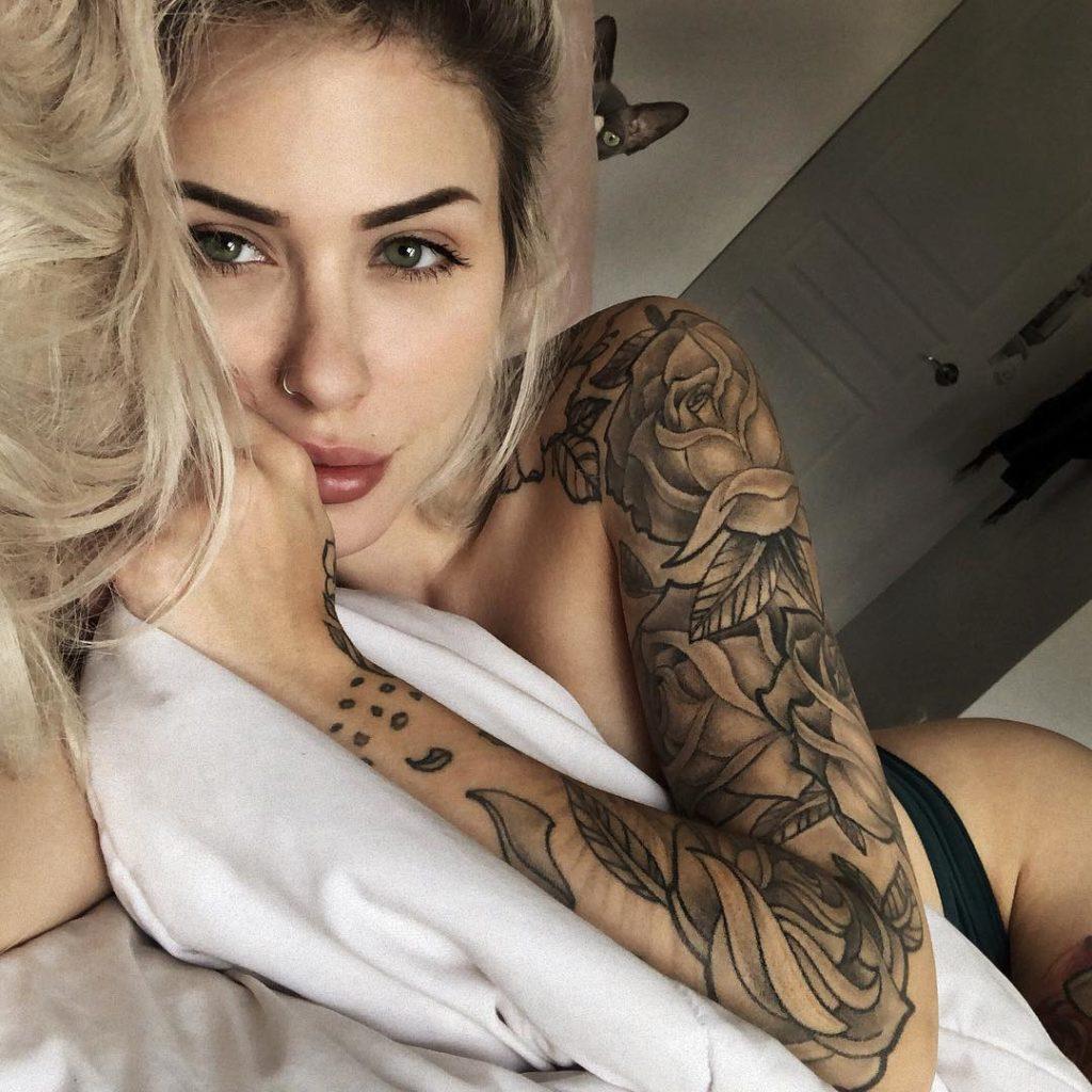 Toutes les photos de Jade Lavoie nue