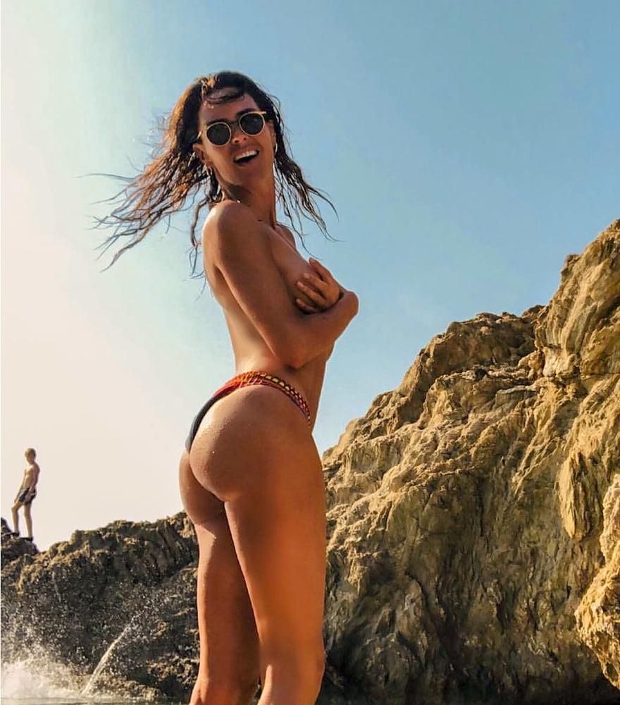 Toutes les photos de Sophie Coste nue