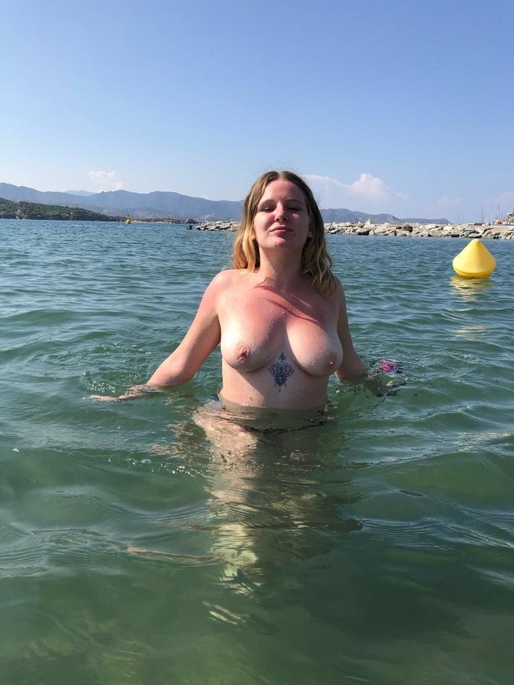 Les photos de la youtubeuse Pure Human Soul nue